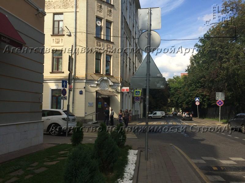 7199 Аренда помещения под банк м. Чистые пруды, Гусятников пер.13,  171 кв.м от собственника