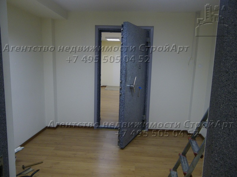 7809 Аренда помещения под банк 415 кв.м ул. Добролюбова без комиссии